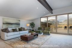 04-mountain-real-estate-interior