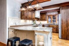 13-breckenridge-rustic-real-estate-kitchen